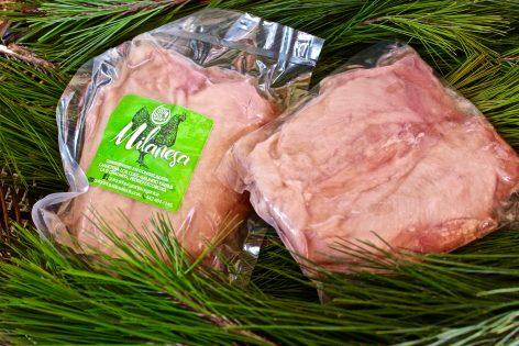 Filetes de pechuga de pollo orgánico para milanesa