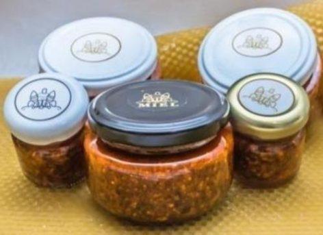 Salsa de Chipotle, Cacahuate y Arándano, con Miel de Abeja. 300gr.