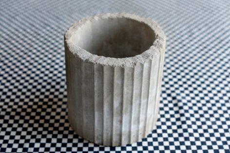 Maceta de Concreto modelo Anken (sic.) / Hoja Suelta