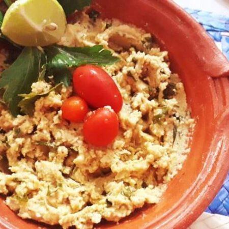 hummus clásico/chipotle/ pimiento/aceitunas